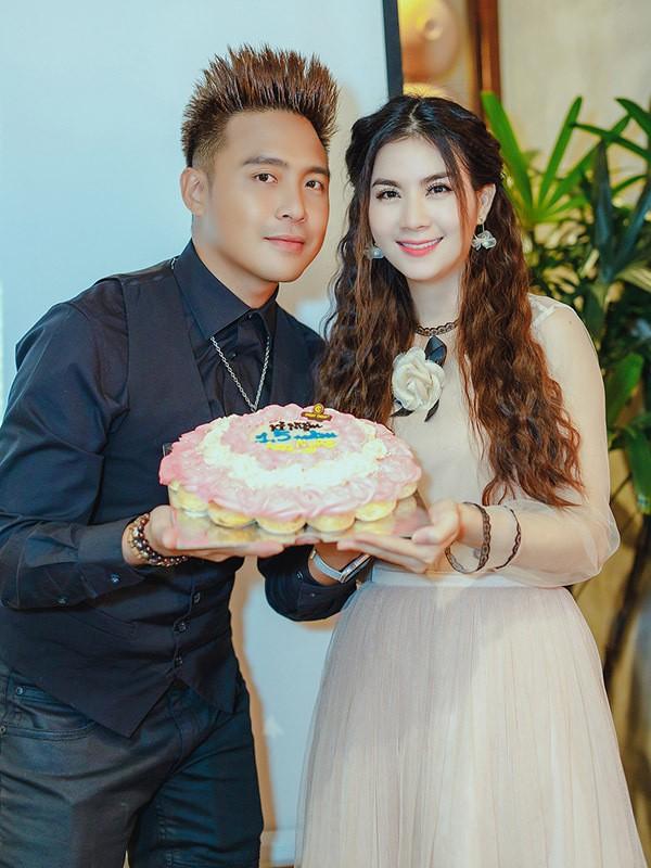 Em gái hoa hậu mừng Kha Ly chiến thắng cuộc thi hát bolero - Ảnh 1.