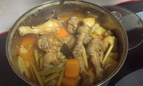 Những mâm cơm nấu trong một tiếng của Kiwi Ngô Mai Trang - Ảnh 3.