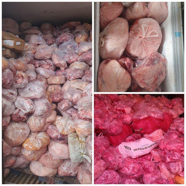 Thu giữ 40 tấn thịt đông lạnh hôi thối suýt bị làm giò chả - Ảnh 1.