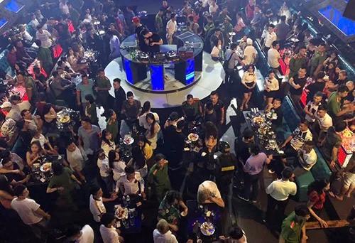 54 người dương tính ma tuý trong quán bar ở Hà Nội - Ảnh 1.