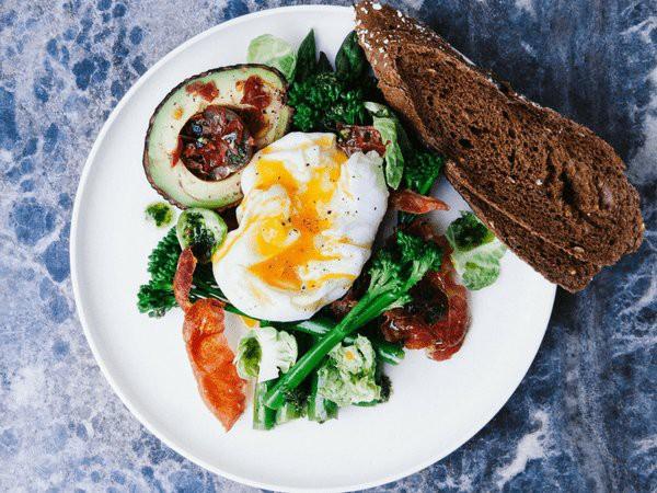 Những kiểu ăn sáng vừa giảm cân lại ngừa ung thư - Ảnh 1.