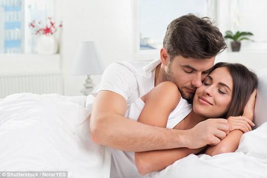 Yêu nhau mãnh liệt hơn sau khi chồng... ngoại tình