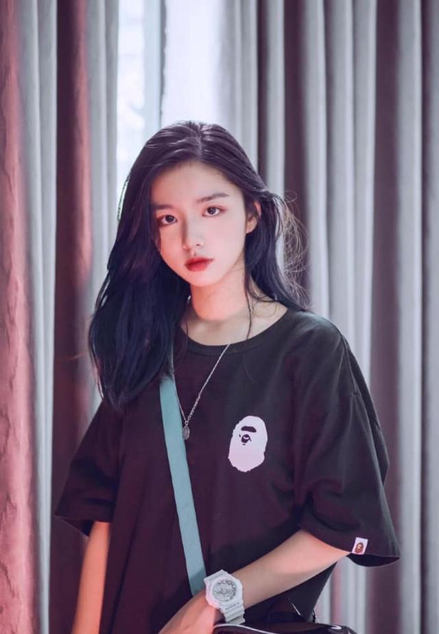 Vừa là tân sinh viên, hot girl Quảng Bình đã thành tâm điểm chú ý - Ảnh 11.