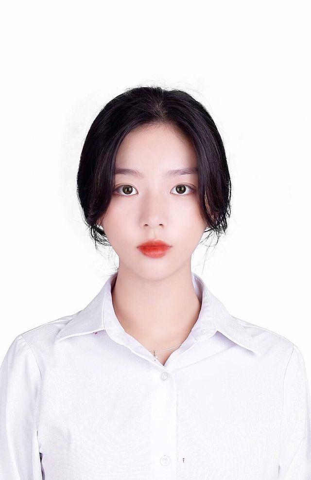 Vừa là tân sinh viên, hot girl Quảng Bình đã thành tâm điểm chú ý - Ảnh 4.