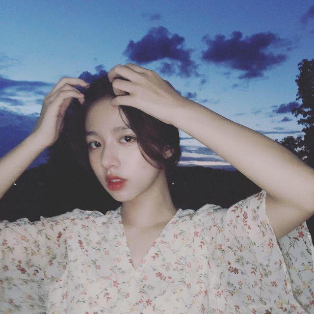 Vừa là tân sinh viên, hot girl Quảng Bình đã thành tâm điểm chú ý - Ảnh 6.
