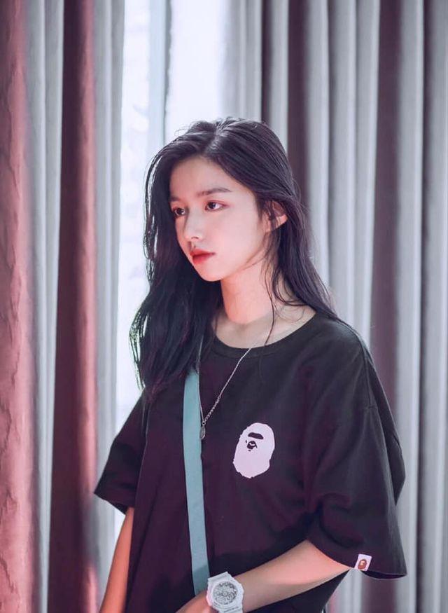 Vừa là tân sinh viên, hot girl Quảng Bình đã thành tâm điểm chú ý - Ảnh 10.