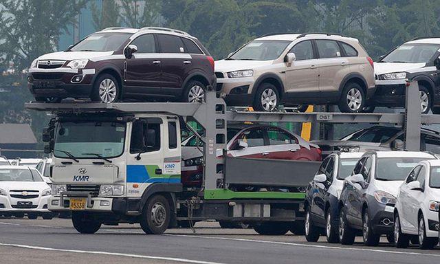 Né tháng cô hồn, xe giá rẻ nhập khẩu ồ ạt về Việt Nam - Ảnh 1.