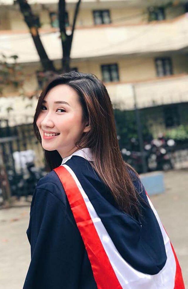 """""""Bông hồng"""" Lào gốc Việt xinh đẹp trong lễ tốt nghiệp tại Học viện Ngoại giao - Ảnh 5."""