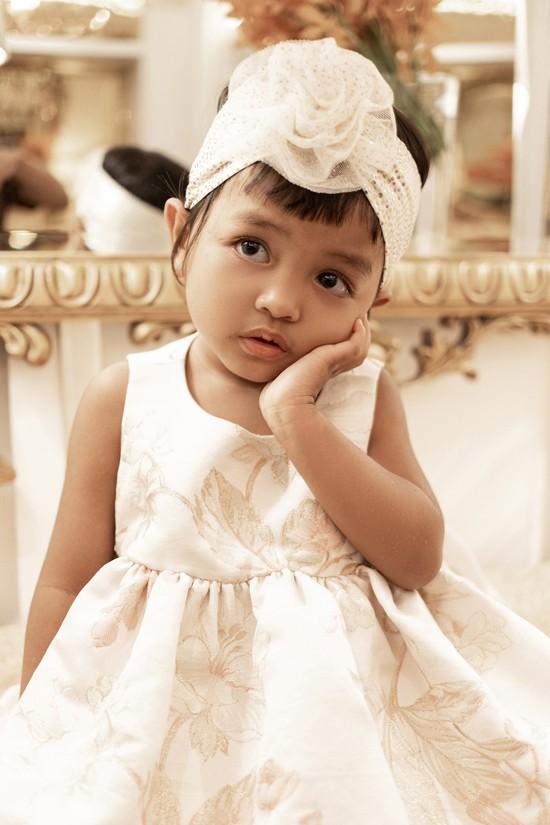 Đỗ Mạnh Cường mừng con gái nuôi tròn 3 tuổi - Ảnh 3.