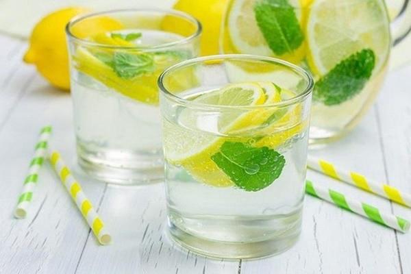 Uống mỗi ngày hai cốc nước ấm vào thời điểm này, tốt gấp nghìn lần thuốc bổ - Ảnh 3.