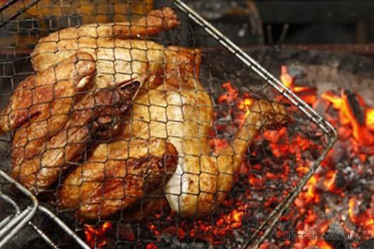Ai vụng về cũng tự làm được món gà nướng kiểu Tây Bắc ngon tuyệt ở nhà trong 30 phút - Ảnh 2.