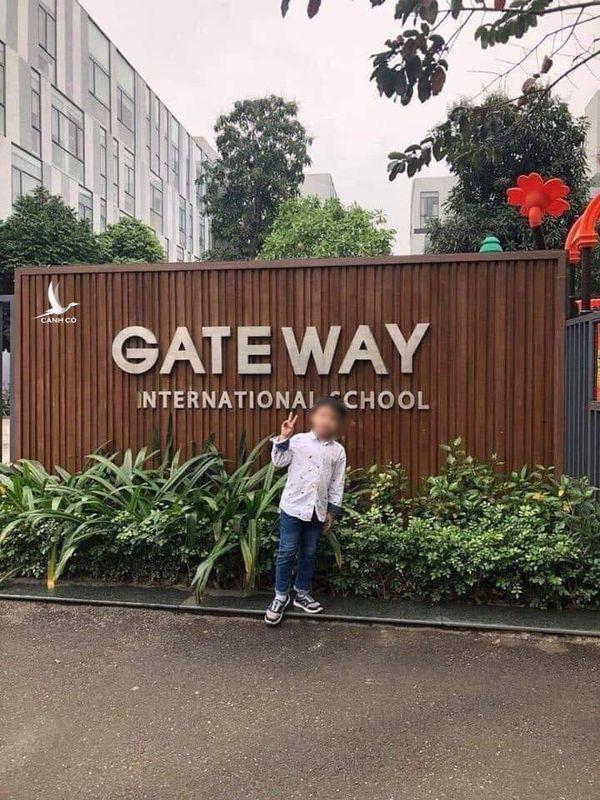 Lý giải việc cô phụ trách đưa đón học sinh trường Gateway bị bắt tạm giam - Ảnh 2.
