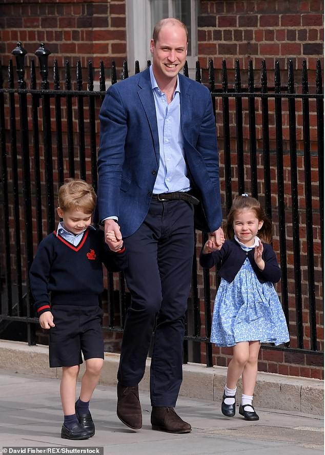 Lộ học phí đắt đỏ của Công chúa Charlotte con gái Công nương Kate - Hoàng tử William - Ảnh 2.
