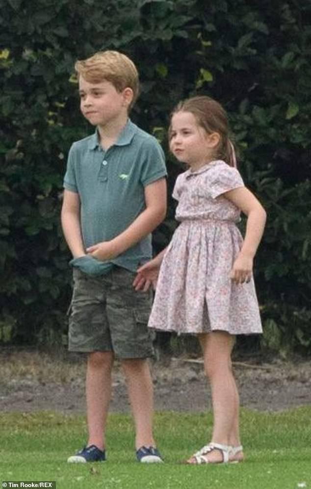 Lộ học phí đắt đỏ của Công chúa Charlotte con gái Công nương Kate - Hoàng tử William - Ảnh 3.