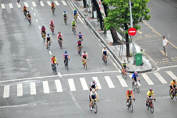 300 cua rơ tranh tài tại Giải đua xe đạp Hà Nội mở rộng 2019 - Ảnh 6.