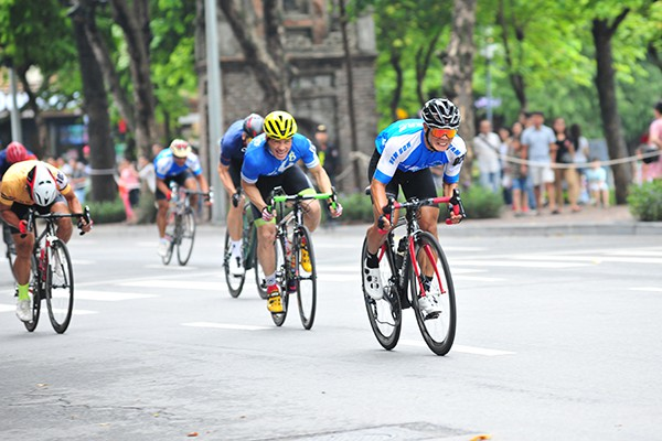 300 cua rơ tranh tài tại Giải đua xe đạp Hà Nội mở rộng 2019 - Ảnh 9.