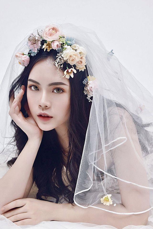 Dàn hot girl ĐH Ngoại thương xinh như hoa hậu Lương Thùy Linh - Ảnh 14.