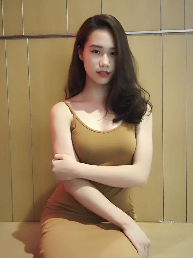 Dàn hot girl ĐH Ngoại thương xinh như hoa hậu Lương Thùy Linh - Ảnh 16.