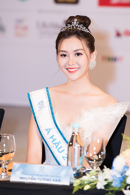 Em út 'Về nhà đi con Bảo Hân nói gì về tình bạn với Á hậu 2 Miss World Vietnam? - Ảnh 4.