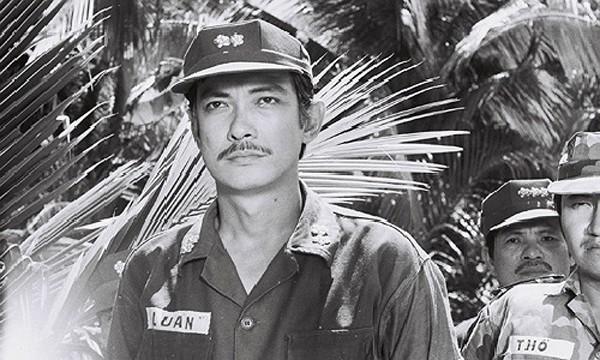 Cuộc sống túng thiếu phải nhờ cậy bạn bè của 2 tài tử điện ảnh Việt cùng tên Tín - Ảnh 1.