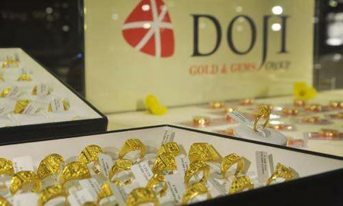 Giá vàng giảm hơn nửa triệu đồng - Ảnh 1.