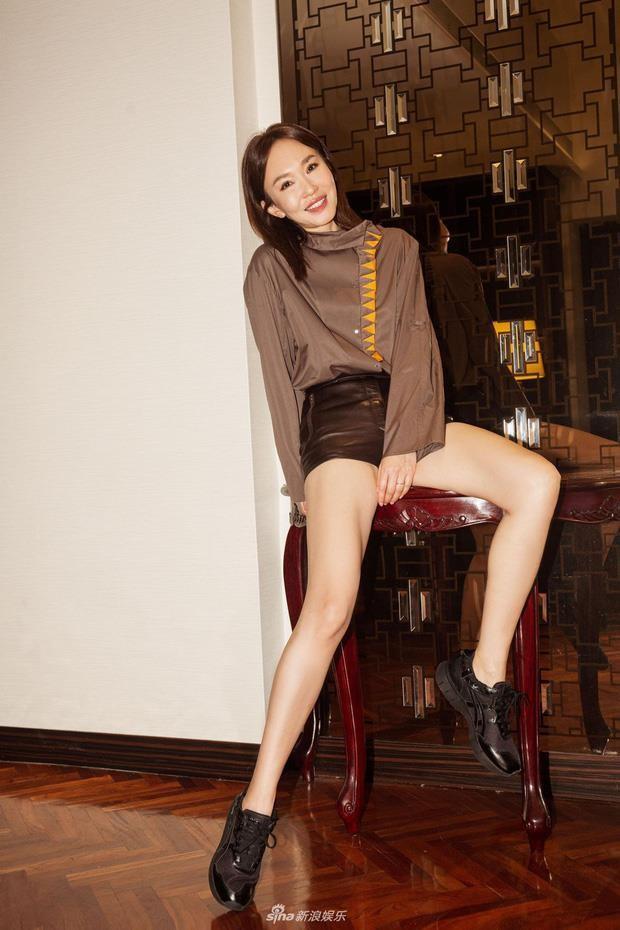 Nhan sắc mặn mà của Tiểu Long Nữ Phạm Văn Phương ở tuổi U50 - Ảnh 2.