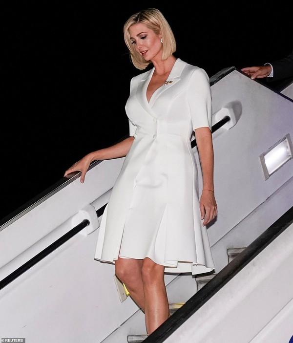 Ivanka Trump - con gái Tổng thống Mỹ lại gây sửng sốt bởi nhan sắc sexy hớp hồn phái mạnh - Ảnh 10.