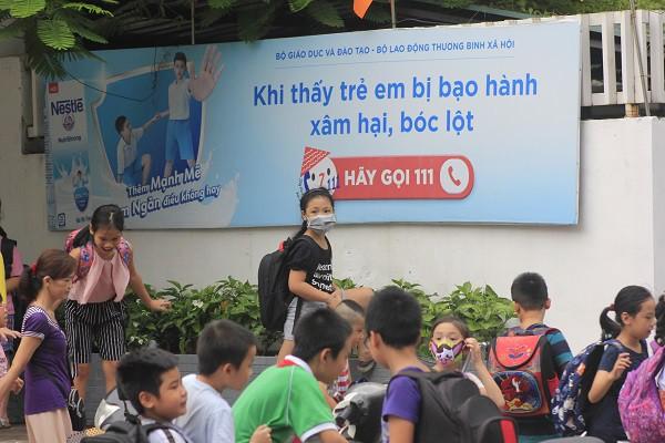 Học sinh trường tiểu học Hạ Đình đi học ngày một tăng - Ảnh 1.