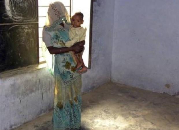 Phụ nữ Ấn Độ phải chịu cảnh ăn nằm với anh em của chồng, đẻ con không biết ai là bố đứa trẻ bởi chế độ đa phu cổ hủ - Ảnh 2.