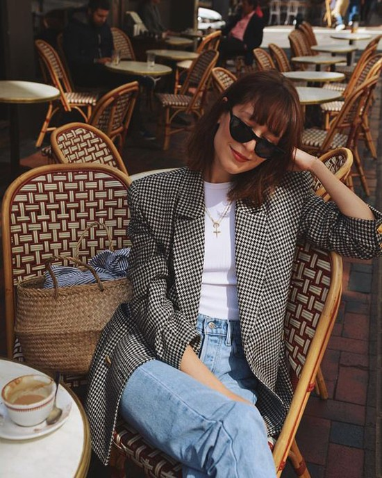 Phối áo blazer cùng quần jeans - Ảnh 11.