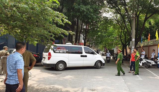 Hà Nội: 2 nữ sinh bị sát hại tại quận Cầu Giấy vì mâu thuẫn tình cảm - Ảnh 1.