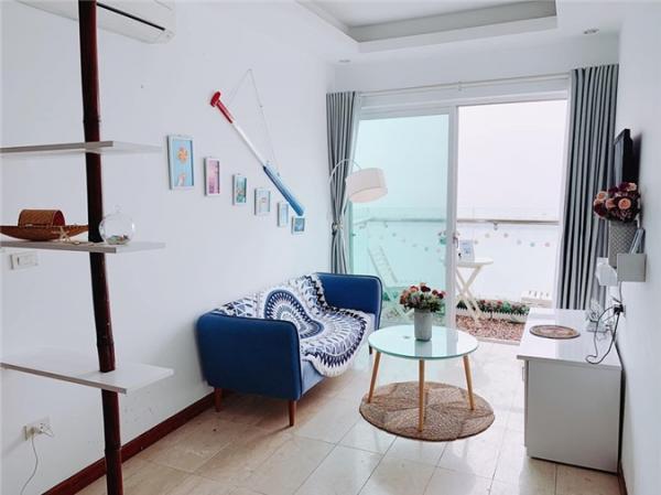 Hoa hậu Ngọc Hân khoe căn hộ ven biển tự thiết kế, nhìn góc ban công khiến dân tình phải xuýt xoa - Ảnh 2.