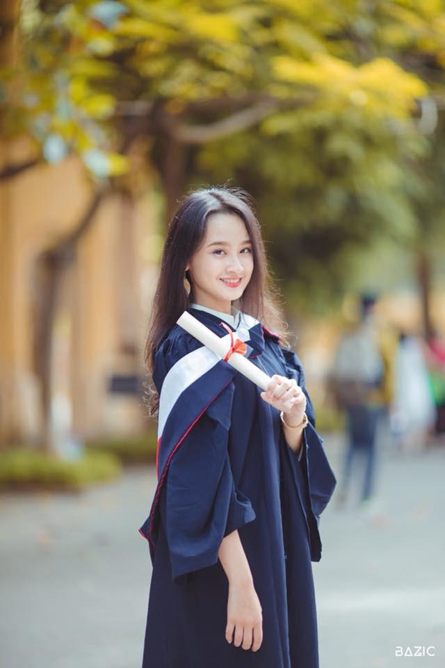 Tân Đại sứ trường Ams: Xinh đẹp, học giỏi và đa tài - Ảnh 9.