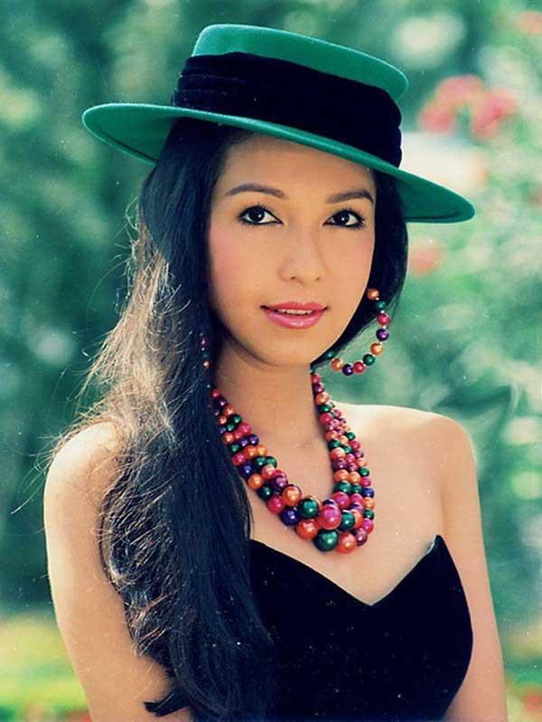 Nhìn lại nhan sắc dàn mỹ nhân sở hữu mắt to hút hồn của showbiz Việt qua từng thời kỳ - Ảnh 7.
