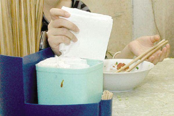 6 vật dụng bình thường không sao, dùng giấy ăn càng lau càng tệ, chẳng mấy chốc hỏng hẳn  - Ảnh 1.