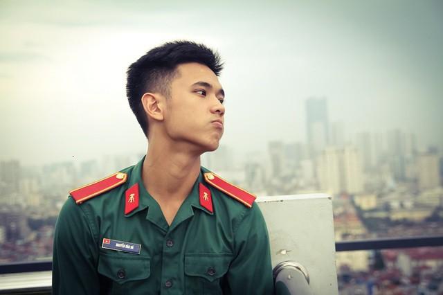Nam sinh trường quân sự đẹp trai, nhiều tài lẻ  - Ảnh 5.