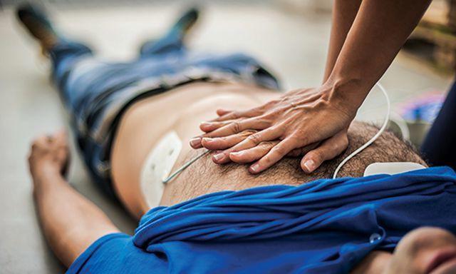 Cảnh báo 5 thói quen xấu nhiều người mắc có khả năng gây nhồi máu cơ tim, đặc biệt giới trẻ - Ảnh 4.