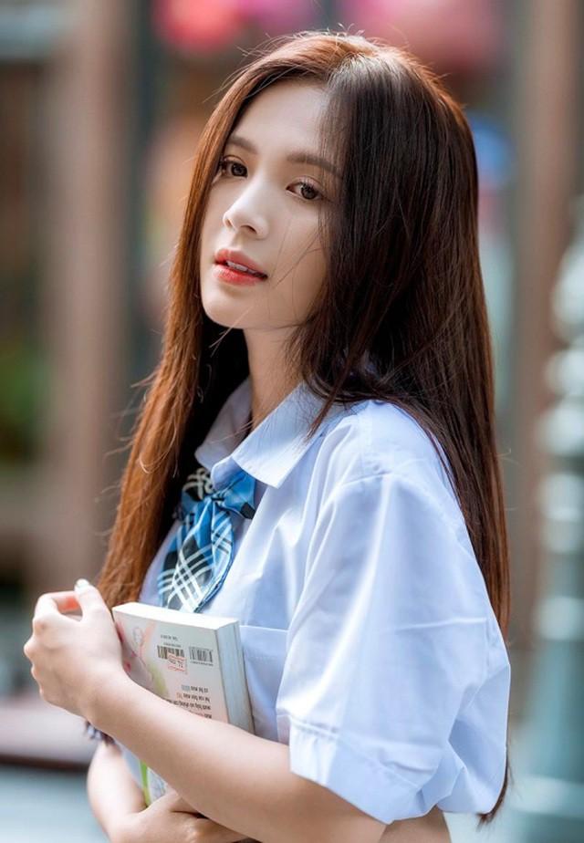 Thiếu nữ Hà thành xinh đẹp hút hồn, kiếm hàng chục triệu đồng mỗi tháng  - Ảnh 2.