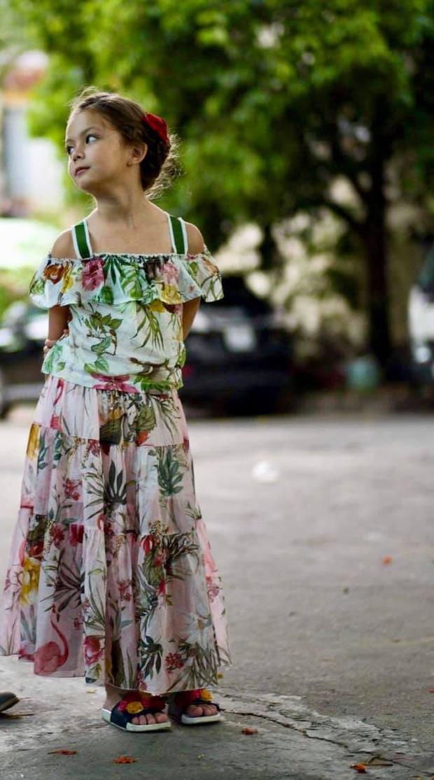 Mới 7 tuổi, con gái diva Hồng Nhung đã sở hữu nhan sắc thiên thần lai đẹp đến khó rời mắt - Ảnh 2.