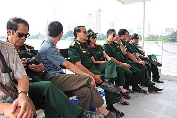Trải nghiệm tuyến buýt đường sông duy nhất tại Việt Nam - Ảnh 4.