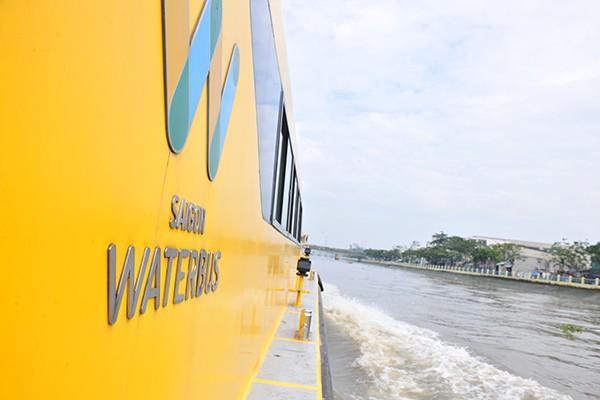 Trải nghiệm tuyến buýt đường sông duy nhất tại Việt Nam - Ảnh 11.
