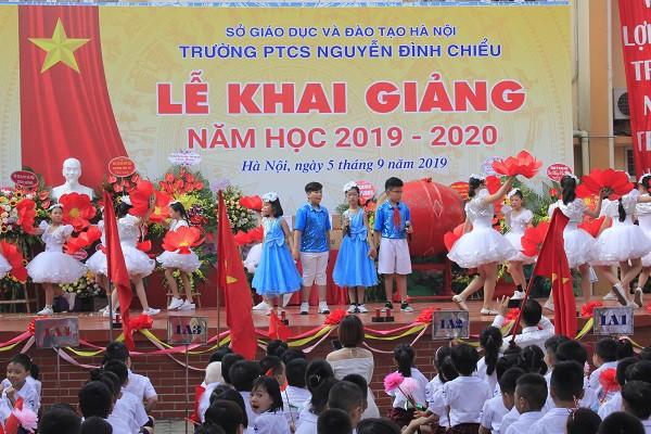 Khai giảng ấm áp của những học sinh khiếm thị trường PTCS Nguyễn Đình Chiểu - Ảnh 15.