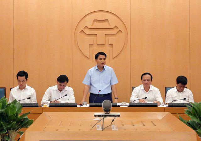 Hà Nội khám miễn phí cho người dân khu vực cháy tại Công ty Rạng Đông - Ảnh 2.
