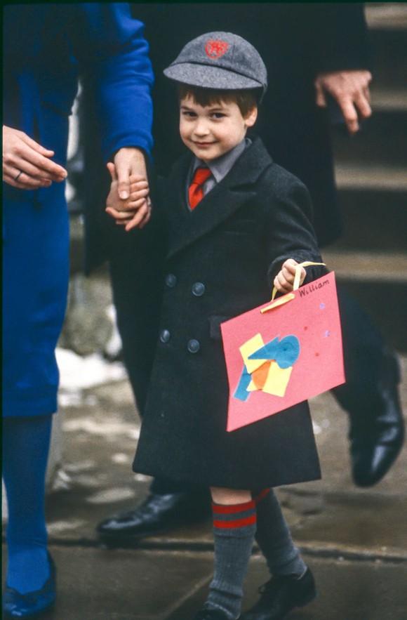 Ngày đầu đến trường của con cháu Nữ hoàng Anh - Ảnh 5.