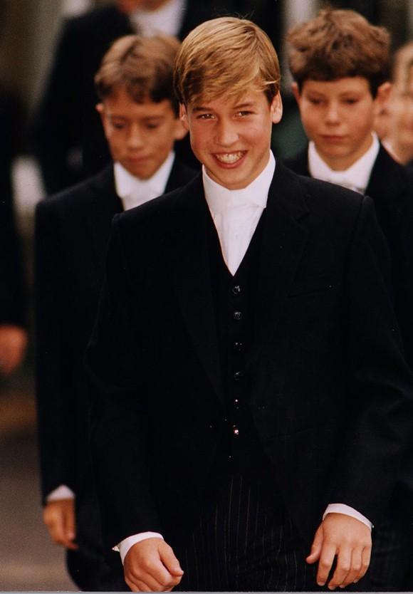 Ngày đầu đến trường của con cháu Nữ hoàng Anh - Ảnh 9.