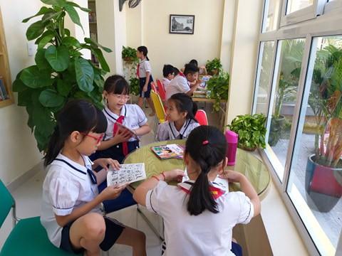 Hải Phòng: Đầu tư 600 triệu đồng xây dựng thư viện đọc sách miễn phí cho người dân  - Ảnh 1.