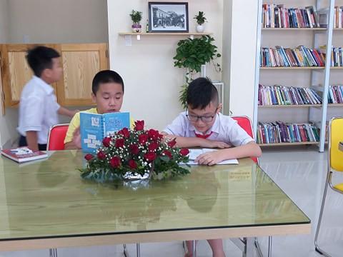Hải Phòng: Đầu tư 600 triệu đồng xây dựng thư viện đọc sách miễn phí cho người dân  - Ảnh 4.