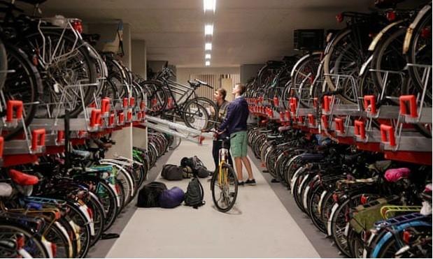 Điểm đặc biệt ở đất nước xe đạp đông hơn dân - Ảnh 2.