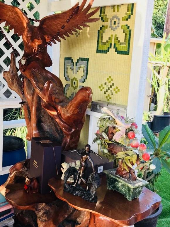 Khu vườn xum xuê cây trái trong căn nhà ở Mỹ của nữ danh ca có chồng làm kỹ sư cơ khí hàng không - Ảnh 4.
