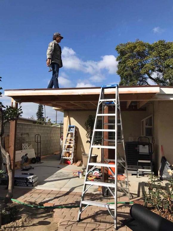 Khu vườn xum xuê cây trái trong căn nhà ở Mỹ của nữ danh ca có chồng làm kỹ sư cơ khí hàng không - Ảnh 5.
